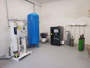 zařízení na výrobu technických plynů ze stlačeného vzduchu